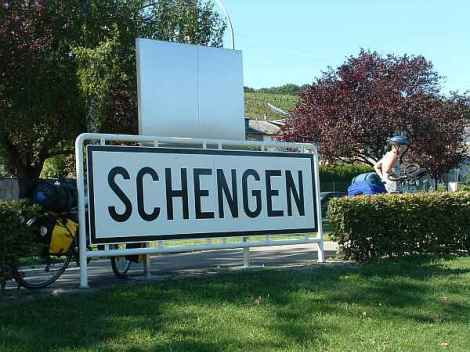 608-Schengen1